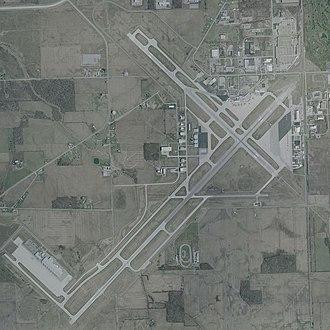 Fort Wayne International Airport - USGS 2002 orthophoto