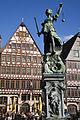 Frankfurt - Justice fountain in Römerberg - 1030.jpg