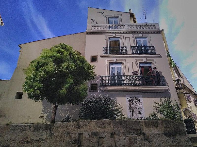File:Fresques centre ville Béziers , Patrick Commecy.jpg