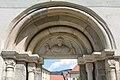 Friesach Karner-Portal Tympanon 01.jpg