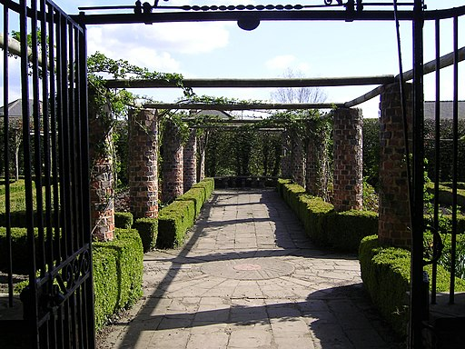 Gardens at Ripley Castle - panoramio