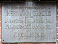 Gedenktafel Wannseebadweg (Niko) Hermann Clajus.jpg