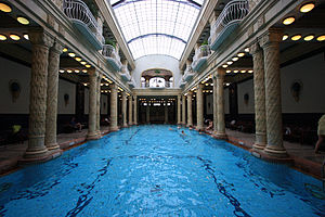 Gellért Baths - The effervescent swimming pool in Gellért Baths.