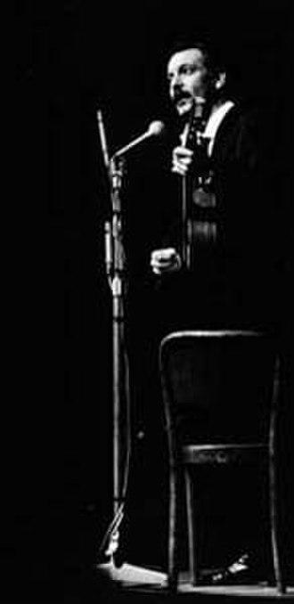 Georges Brassens - Brassens performing live in 1964