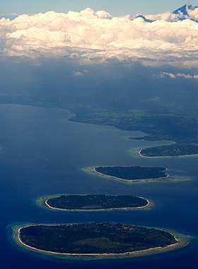 Gili Islands & Gunung Rinjiani, Lombok, Indonesia.jpg