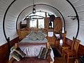 GlampingKirwee Wagonstay interieur.jpg