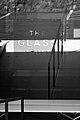 Glass house philip johnson architecture.jpg