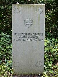 Grabstein Friedrich Hirzebruch.jpg