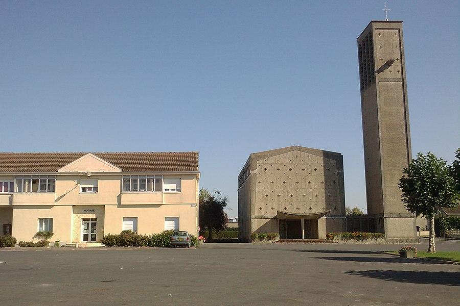 église et mairie du nouveau bourg de fr:Graignes