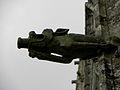 Guern (56) Basilique Notre-Dame de Quelven Gargouille 05.JPG