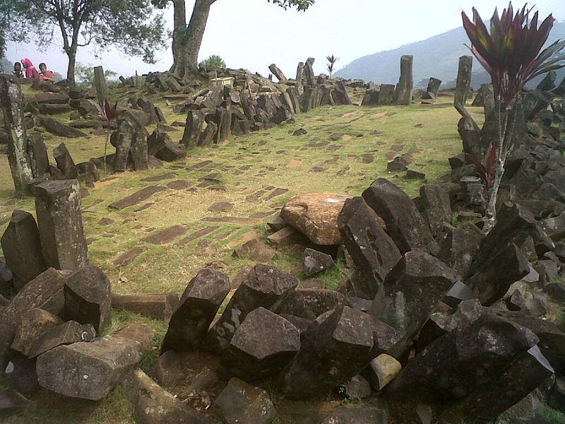 Gunung Padang site indonesia