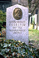 Gustav Eberlein Grab Alter Sankt Matthäus-Kirchhof Berlin.jpg