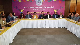 2018 Turkish presidential election - HDP co-leader Sezai Temelli meeting party activists in Diyarbakır on 30 April to gauge views on their presidential candidate