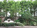 HK 灣仔 Wan Chai 囍匯 The Avenue Rooftop Garden terrace plants Oct 2017 IX1 白天鵝 white swan sculpture 06.jpg