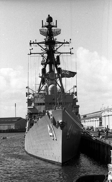File:HMAS Brisbane port Adelaide 1981 2.jpg