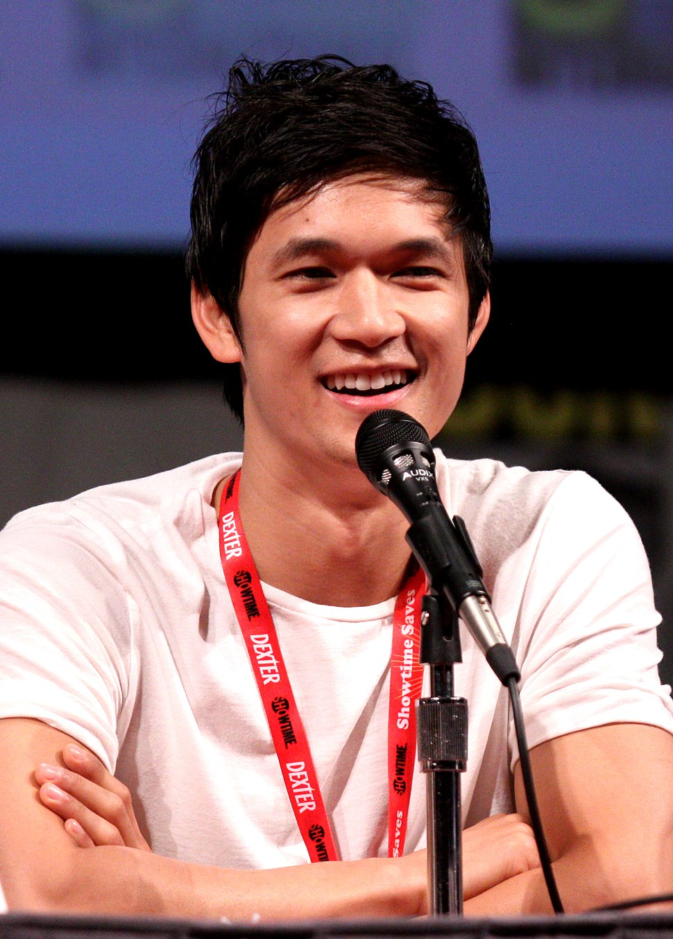 Harry Shum by Gage Skidmore