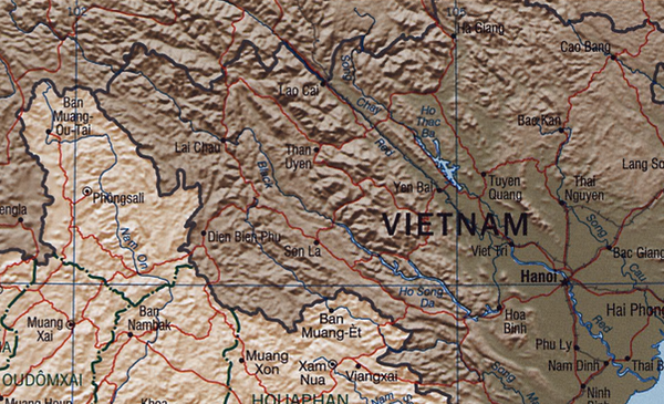 Map showing Thac Ba Lake and Red River. Hong River.png