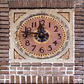 Horloge en pierre de la Gare du Palais, Qc.jpg