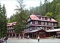 Horský hotel pri Demänovskej jaskyni Slobody - panoramio (1).jpg