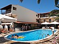 Hotel Simeon. Pool ^ Bar - panoramio.jpg