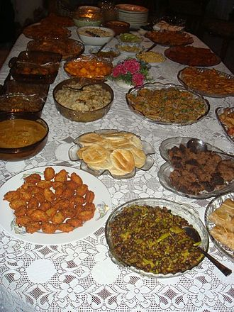 South Asian cuisine - Bangladeshi Iftar