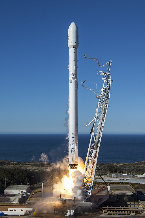 Iridium-1 Launch (32312419215)