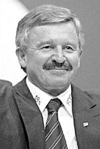 Jürgen Möllemann 2002 (cropped).jpeg