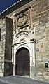 J23 385e Huéscar, Iglesia de Santiago, Portal.jpg
