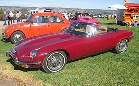 Jaguar E-Type Series 3 roadster.JPG