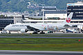 Japan Airlines, B777-300, JA751J (19715148435).jpg
