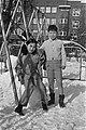 Japanse kinderen showen kleding voor expo bij Internationale School te Amsterdam, Bestanddeelnr 923-2605.jpg