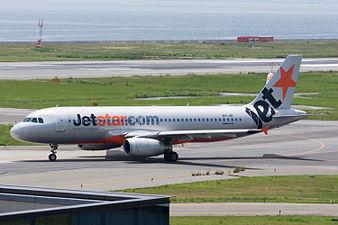 Jetstar Asia Airways, A320-200, 9V-JSI (19357405591).jpg