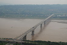 Jiangjing Yangtze river bridge.jpg