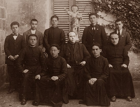 Mgr Joseph De Piro with some of the first MSSP members