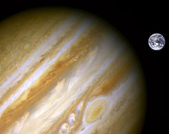 Jupiter, Earth size comparison 2.jpg