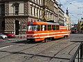 Karlovo náměstí, mazací tramvaj 5572 (01).jpg