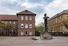 Karlsruhe, Skulptur -Pallas Athene- -- 2013 -- 5276.jpg