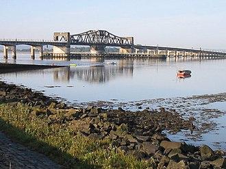 Kincardine Bridge - The Kincardine Bridge on the River Forth