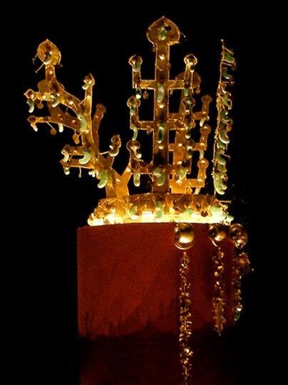 Korea-Silla kingdom-Gold crown from Hwangnam Daechong-No.191-01D