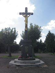 Centrální kříž na hřbitově