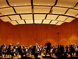 Kresge Auditorium - Interior view, with the MIT Summer Philharmonic Orchestra