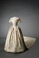 Kronprinsessan Lovisas brudklänning och släp - Livrustkammaren - 86108.tif