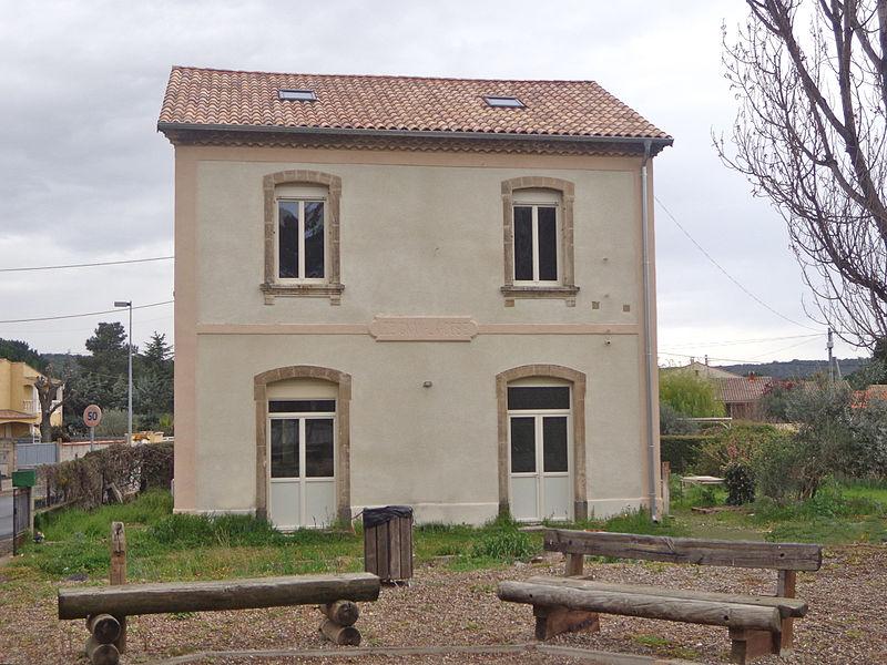 Lézignan-la-Cèbe (Hérault) - ancienne gare.