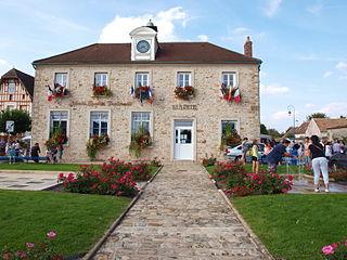 La Grande-Paroisse Commune in Île-de-France, France
