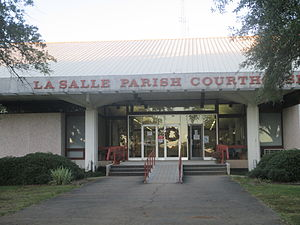 LaSalle Parish, Louisiana - Image: La Salle Parish, Louisiana Courthouse in Jena IMG 8360