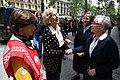 La alcaldesa acude al edificio derrumbado en Chamberí para ver la labor de rescate de las víctimas 06.jpg