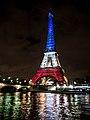 La tour Eiffel illuminée en bleu blanc rouge - Fluctuat nec Mergitur - Liberté, égalité, fraternité (22564379814).jpg
