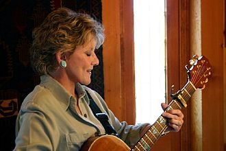 Lacy J. Dalton - Image: Lacy J. Dalton playing guitar