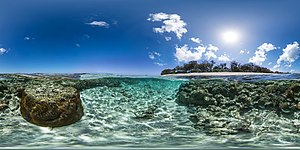 Lady Elliot Island - An image of the island and nearby coral reefs taken with the Seaview SVII camera