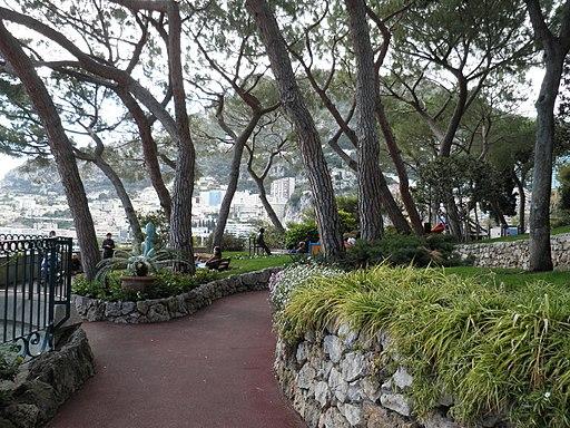 Le Jardin Saint-Martin - panoramio (2)